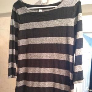 Black & white striped long sleeve dress.